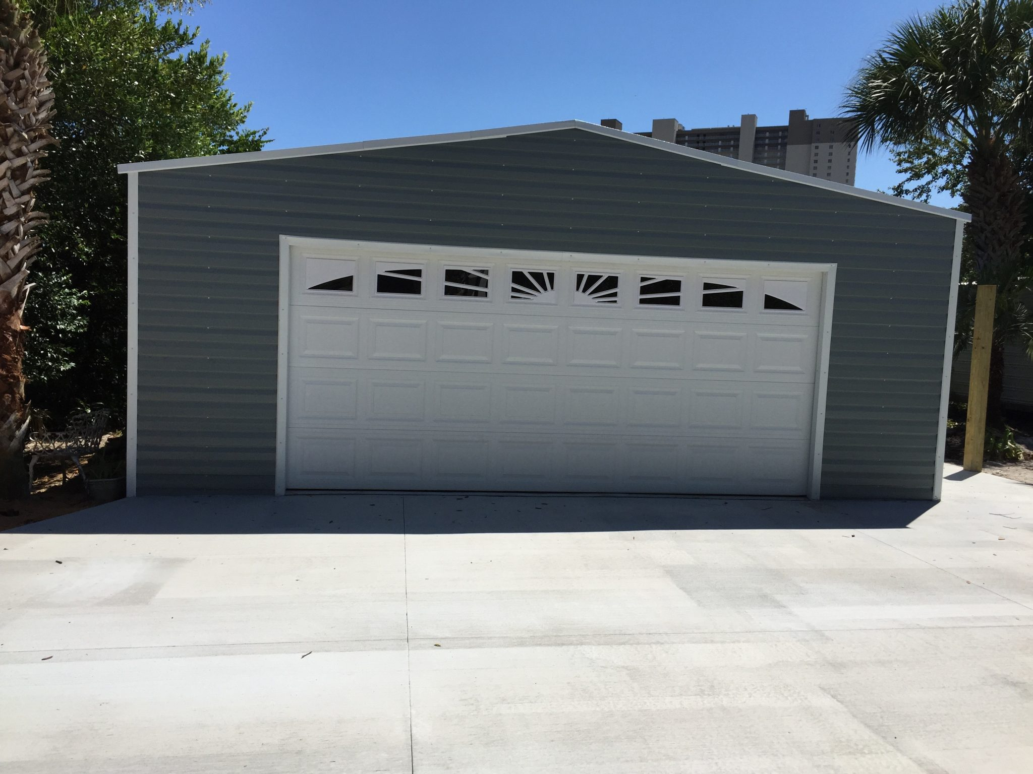 24×24 With 16u2032 Garage Door Featured In Timberstone Slate And White